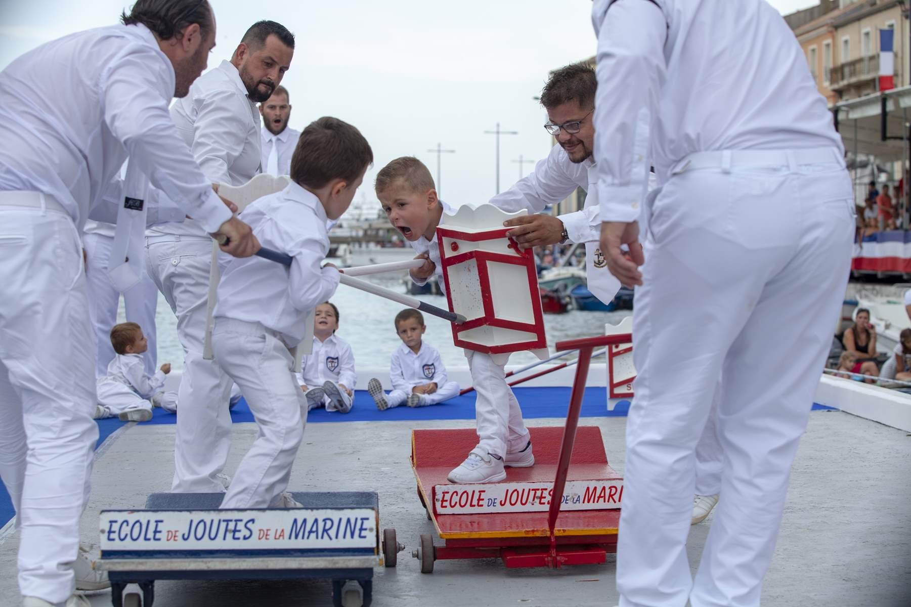 Petit Jouteur Chariot 69